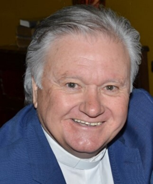 Dr Bruce Woolard